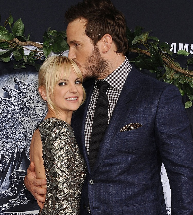 Anna-Faris-Chris-Pratt-jurassic-world-premiere