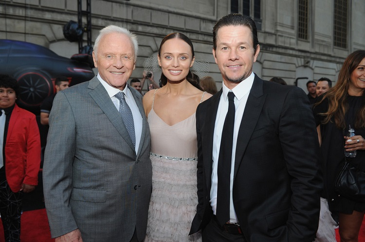 Anthony-Hopkins-Laura-Haddock-and-Mark-Wahlberg-Transformers-The-Last-Knight-Chicago-Premiere