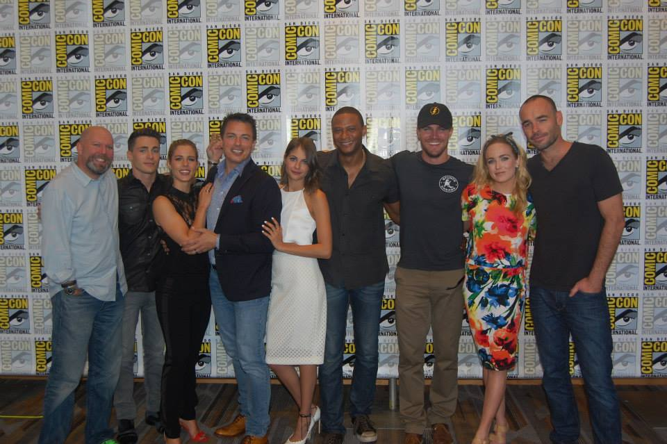 comic_con_arrow_stab_3.evad_1