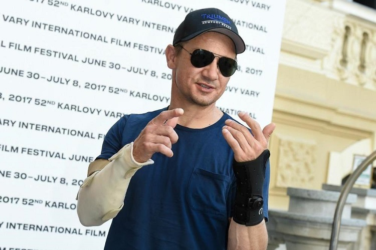 jeremy-renner-tag-movie