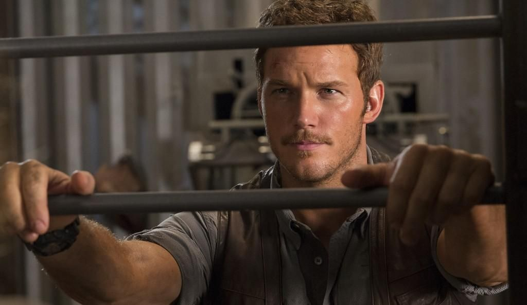 jurassic_world_uj_kep_criss_pratt