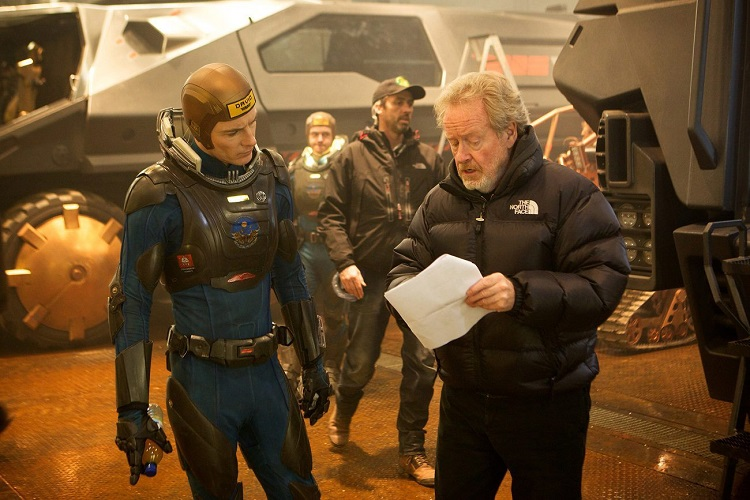 Ridley-Scott-and-Michael-Fassbender-on-Prometheus-set
